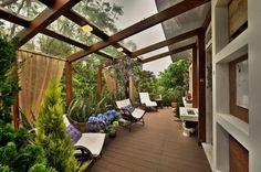 Navegue por fotos de Terraços : MORAR MAIS POR MENOS - VARANDA . Veja fotos com as melhores ideias e inspirações para criar uma casa perfeita.