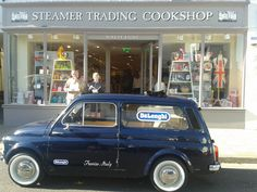 The 1971 DeLonghi Fiat 500 made for a great talking point on Saturday (the 20th of April) particularly with the Prima Donna and the new compact Primadonna S De Luxe being demo'd from the boot!