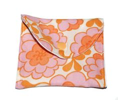 Retro flower wet pouch/cloth pad pouch, pad wrapper  11 cm x 12 cm, Mother's Day Gift