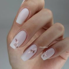 Classic nail art design cases you can try - Page 83 of 97 - Inspiration Diary Cute Acrylic Nails, Acrylic Nail Designs, Cute Nails, Nail Art Designs, Neutral Nail Designs, Nail Manicure, Gel Nails, Nail Polish, Jamberry Nails