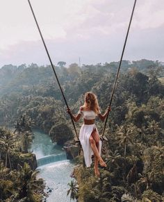 15 stunning hotels that are picture perfect You are in the right place about goals list Here we offer you the most beautiful pictures about the goals squad you are looking for. When you examine the 15 stunning hotels that are picture perfect part of … Ubud, Travel Photographie, Voyage New York, Villefranche Sur Mer, Destination Voyage, European Destination, Voyage Europe, Photos Voyages, Beautiful Places To Travel