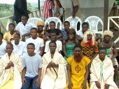 The cast of Noah's Ark at the old Academy site, Dawu 2004