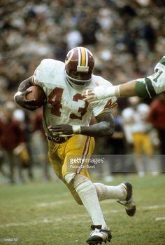 LARRY BROWN WASHINGTON REDSKINS 8X10 SPORTS PHOTO #30