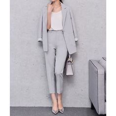FRIEND LILAI CASUAL PANT SUIT LOOSE BLAZER (105 CAD) ❤ liked on Polyvore featuring outerwear, jackets, blazers, grey, loose jacket, gray jacket, blazer jacket, grey blazer and grey jacket