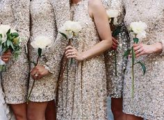 Single flower as bouquets for bridesmaids
