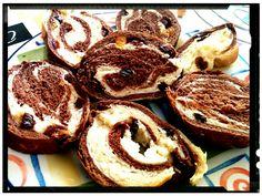Sweet cocoa bread with raisins | SunCakeMom