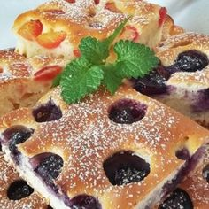 Bögrés gyümölcsös kocka Cake Cookies, Cupcake Cakes, Waffles, Pancakes, French Toast, Breakfast, Food, Morning Coffee, Essen
