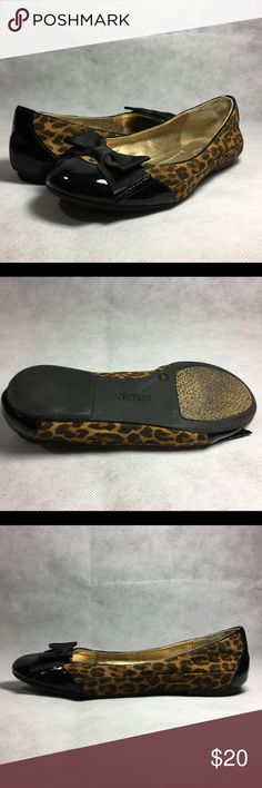 Victor Alfaro Womens Merlot Flat Shoe US 6 M Victor Alfaro Womens Merlot Flat Shoe   Size: US 6 (B, M), EUR 36 Color: Black, Animal Print   Condition: Great condition. No defects.