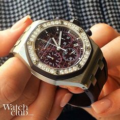 Sporty diamond-set Lady Offshore chronograph aka 'the plum'  #AP #AudemarsPiguet