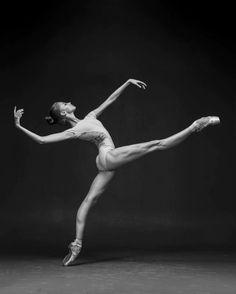 Daria Ionova Дарья Ионова, Vaganova Ballet Academy АРБ им. А.Я.Вагановой - Photographer Darian Volkova