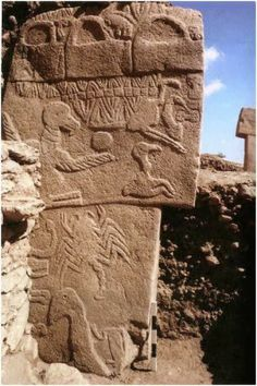The alternative ancient history of the world's first temple at Gobekli Tepe and its possible construction by the Denisovans and Anunnaki Ancient Aliens Ancient Near East, Ancient Ruins, Ancient Artifacts, Ancient History, Objets Antiques, Architecture Antique, Ancient Discoveries, Art Antique, Archaeological Site