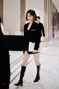 Tokyo Fashion, Asian Fashion, Edgy Outfits, Cute Outfits, Boy And Girl Best Friends, Fashion Dictionary, Ulzzang Korean Girl, Asia Girl, Alternative Fashion