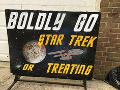 Star Trek Halloween #parkforesthalloween Halloween Themes, Star Trek, Cool Stuff, Stars, Ideas, Decor, Cool Things, Decoration, Decorating