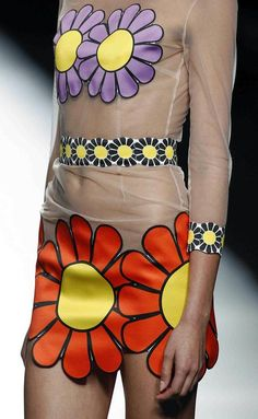 María Escoté Moda Madrid, Electric Daisy, Spring 2016, Hippy, Fashion, Spring Summer 2016, Neckline, Walkway, Women