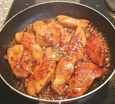 No soy sauce?Make tasty,sticky chicken with just 3 ingredients Coke Chicken, Sticky Chicken, Chicken Wings, Chicken Recipes, Quick Recipes, Other Recipes, Types Of Meat, Beef Steak, Cheap Meals