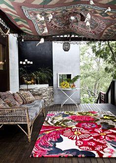 Bohemian Porch Decoration – 19 Inspirational Ideas # Bohemian Patio … - Home Decor Ideas! Bohemian Porch, Bohemian Interior, Bohemian Decor, Ceiling Tapestry, Fabric Ceiling, Hanging Tapestry, Rental Decorating, Porch Decorating, Porches