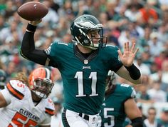 Wentz throws 2 TDs in debut win over Browns | theScore.com
