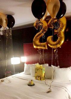 Resultado de imagen para decoracion de habitacion cumpleaños hombre
