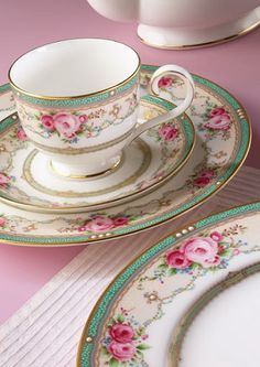 Pretty china set and teacup!