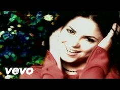 Shakira - Un Poco de Amor - YouTube