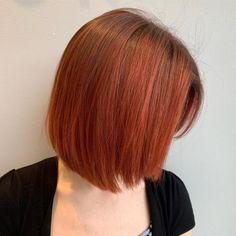 15 Mahogany Hair Color Shades You Have to See Hair Color Shades, Red Hair Color, Hair Colors, Red Hair Looks, Mahogany Hair, Barrel Curls, Dark Red Hair, Copper Hair, Hair Studio
