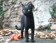 Halloween Cat, fully-poseable and needle felted! Halloween Cat, Needle Felting, Sculptures, Deviantart, Cats, Animals, Gatos, Animales, Animaux