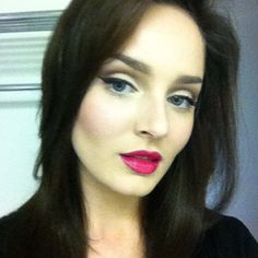 Chloe Morello- search for her on YouTube. Love her tutorials