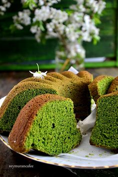 10 Minuets : How to make a spinach cake Spinach Cake, How To Make Spinach, Pasta Cake, Snacks Saludables, Beste Hotels, Types Of Cakes, Cupcakes, Easy Cake Recipes, Everyday Food