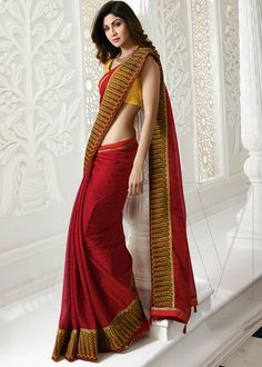 Online Buy pretty Shilpa Shetty Red Chiffon Print With Lace Border Saree at DilWaliDeal. Shop women's clothing at best price range with fast shipping. Red Chiffon, Chiffon Saree, Saree Dress, Red Saree, Silk Sarees, Indian Beauty Saree, Indian Sarees, Indian Bollywood, Bollywood Fashion