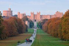 Un tè con la regina nel castello di Windsor