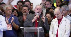 Lula chora em ato do PT e diz que se entrega a pé se provarem corrupção Ex-presidente diz ter consciência tranquila sobre acusações do MPF. Lava Jato diz que Lula era o 'comandante' de esquema de corrupção.  http://g1.globo.com/sao-paulo/noticia/2016/09/tenho-consciencia-tranquila-diz-lula-sobre-denuncia-do-mpf.html
