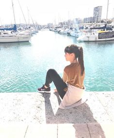 Aitana Barcelona, Pretty Hairstyles, Your Photos, Spanish, Singer, Poses, Selfie, Youtubers, Celebrities