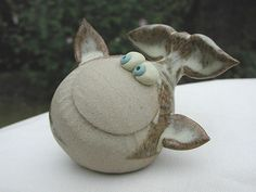 Collectable Miniature Pottery Whale Ceramics Projects, Clay Projects, Clay Crafts, Ceramic Pottery, Pottery Art, Ceramic Art, Pottery Painting, Fish Sculpture, Pottery Sculpture