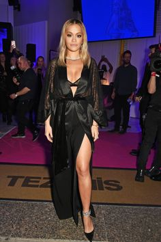 Well hello Miss Ora! Rita Ora used the launch night for her Tezenis lingerie range to turn underwear into outerwear as she sashayed onto the London streets ahead of her big bash on Tuesday evening Rita Ora Pictures, Women's Evening Dresses, Hottest Pic, Oras, Sexy Women, Celebs, Female Celebrities, Fashion Design, Oxford Circus