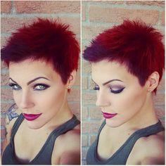 aufrechte rote kurze Haare