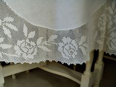 Lovely Vintage 60 Inch Round Linen Tablecloth With Fillet Crochet - The Gatherings Antique Vintage