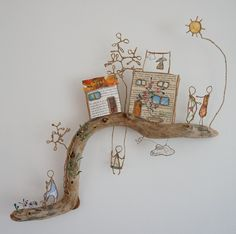 Driftwood and wire. 2019 Driftwood and wire. The post Driftwood and wire. 2019 appeared first on Metal Diy. Wire Crafts, Diy And Crafts, Crafts For Kids, Arts And Crafts, Kids Diy, Disney Home Decor, Driftwood Art, Wire Art, Metal Art