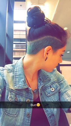 Missing my bun and dying my shaved section funky colors... Gotta let this pixie grow out. Undercuts are so much fun..@cecili17