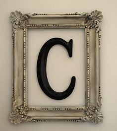 Another DIY decorating project-- making a framed monogram from thrift store items. Easy home decor that looks fabulous! Framed Initials, Monogram Frame, Framed Letters, Initial Wall, Diy Frame, Wooden Initials, Letter Wall Decor, Diy Letters, Spray Paint Frames