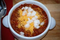 Gourmet Rooster: Football food!  Pulled Pork Chili!!