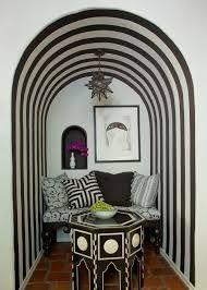 Living Room in Italianate Villa by Martyn Lawrence Bullard Design on Inspiration Design, Interior Inspiration, Design Ideas, Design Projects, Design Trends, Interior Exterior, Best Interior, Black And White Interior, Black White