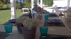 http://casapraiatabatinga.blogspot.com.br/2012/11/mesa-de-casa-de-praia-decoracao-venda-e.html