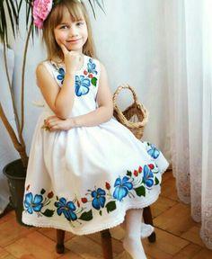 Frock Patterns, Baby Girl Dress Patterns, Baby Dress, Baby Girl Christmas Dresses, Kids Summer Dresses, Cute Girl Dresses, Little Girl Dresses, Fashion Kids, Fiesta Outfit