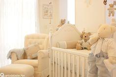 quarto de bebê com enxoval de ursinhos
