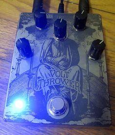 dunwich-amps-volt-thrower-pedal