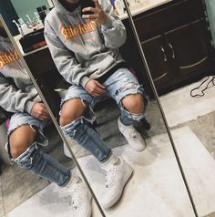 Grey Thrasher Outfit Ideas - Grey Thrasher hoodie with light washed ripped jeans and All white Air forces. Fashion Mode, Tomboy Fashion, Streetwear Fashion, Skater Girl Fashion, Male Urban Fashion, Streetwear Clothing, Streetwear Brands, Fashion Tips, Stylish Mens Outfits