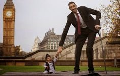 Celineoluchi's Blog: Awesome! World tallest man meets world shortest ma...