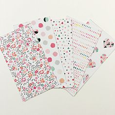 Set of 5 laminated and hole punched dividers for your pretty planner :)! **when adding to cart, please select which tab you would like your