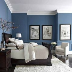 Blue color with white crown molding inspiration blue in bedroom decor bedroom colors and blue bedroom master bedroom paint ideas with dark furniture Small Master Bedroom, Master Bedroom Design, Master Bedrooms, Modern Bedroom, Bedroom Black, Luxury Bedrooms, Bedroom Romantic, Luxury Bedding, Bedroom Designs