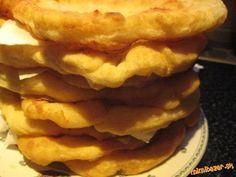1. Uvar v šupke dobre umyté zemiaky, keď vychladnú, ošúp ich, vidličkou rozpuč a daj do misy.<br>   ...